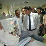 وزير الصحة العامة والسكان يتفقد أوضاع المرافق الصحية برفقة مسؤول انصار الله بمحافظة المحويت(صور)